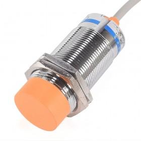Sensor capacitivo LJC30A3-H-Z/BX